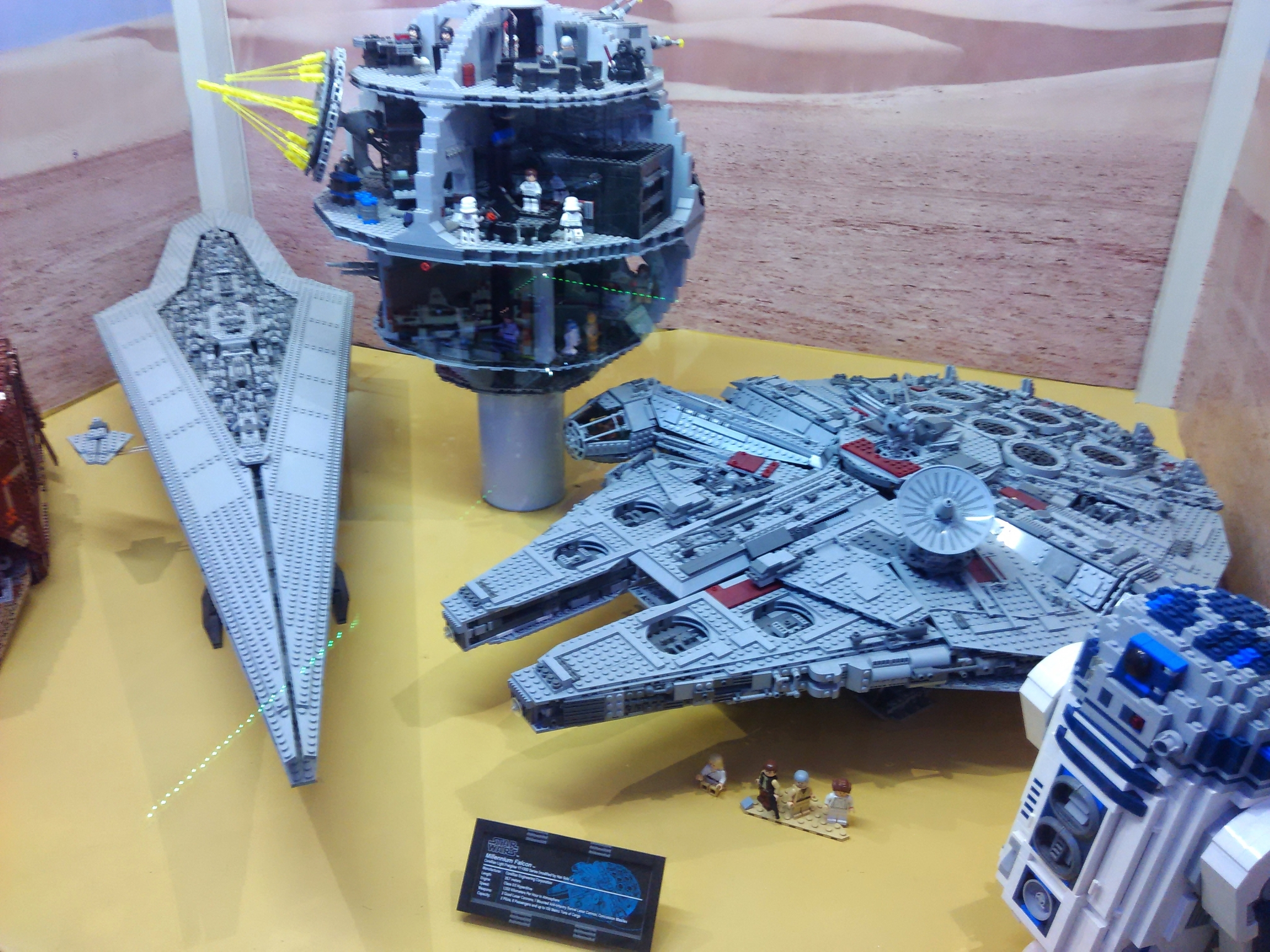 Тысячелетний сокол. Музей LEGO