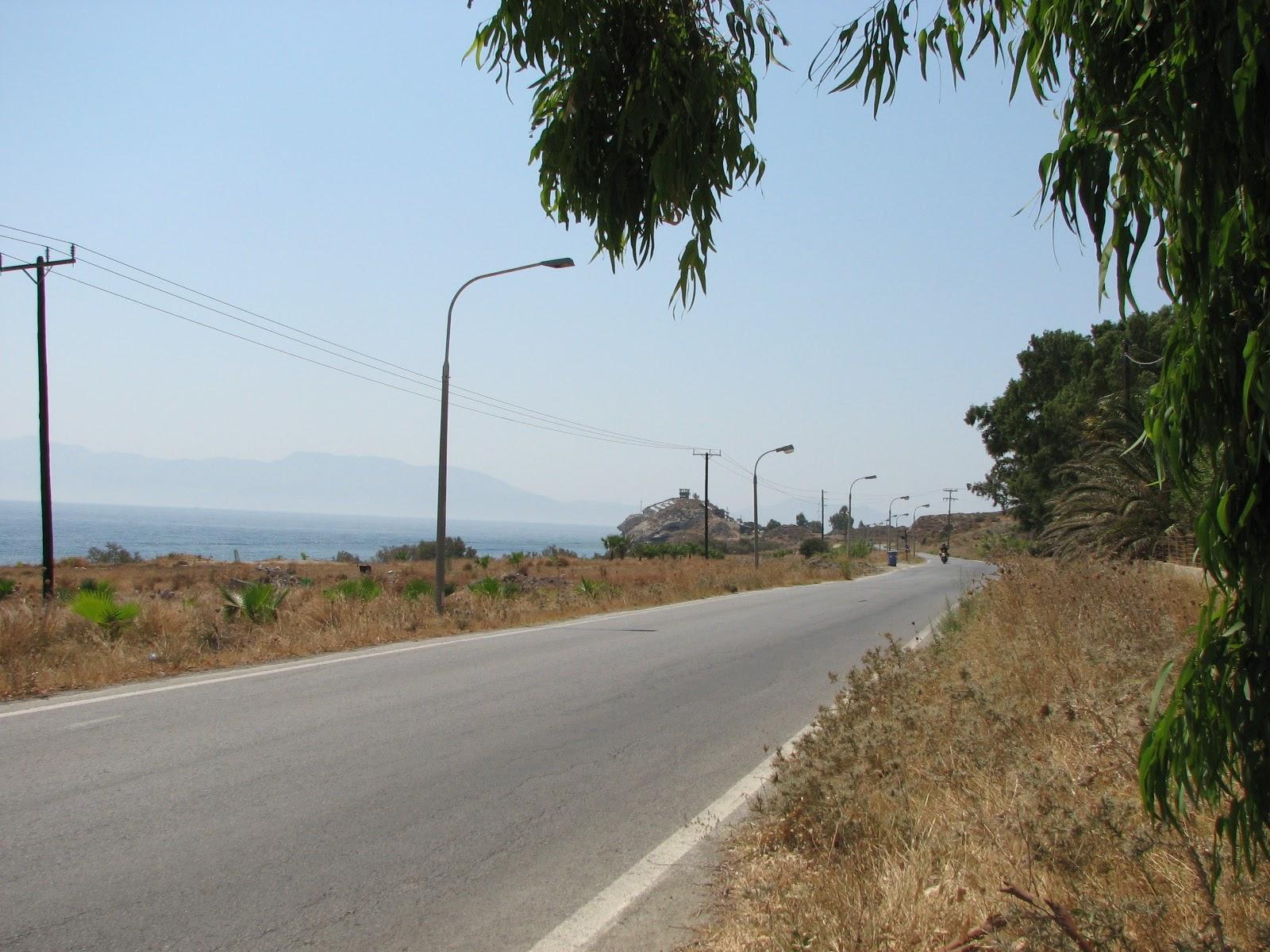 Остров Кос. Обычная дорога