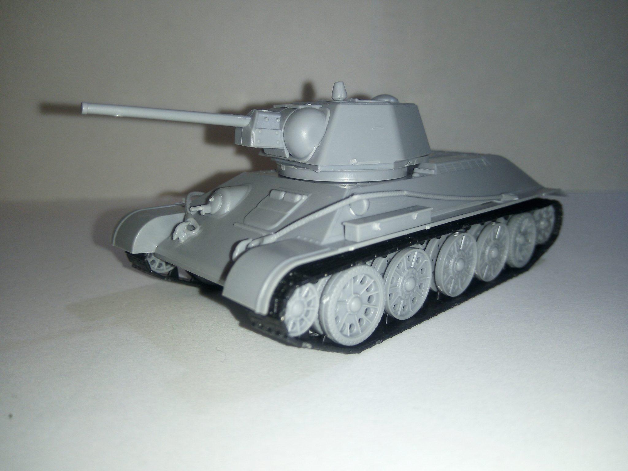 Модель Т-34, масштаб 1:72, фирма ZVEZDA