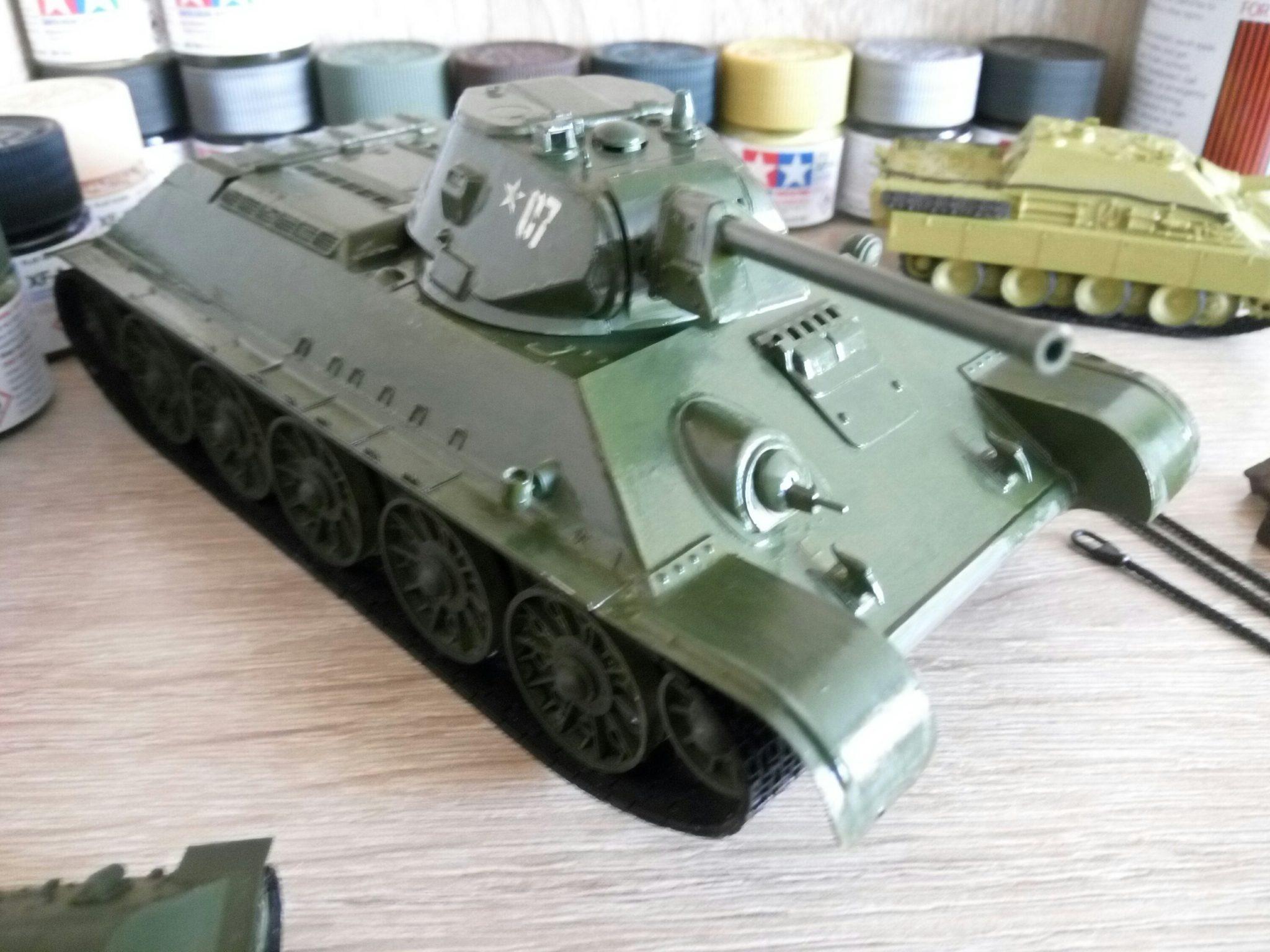 Модель Т-34 в масштабе 1:35