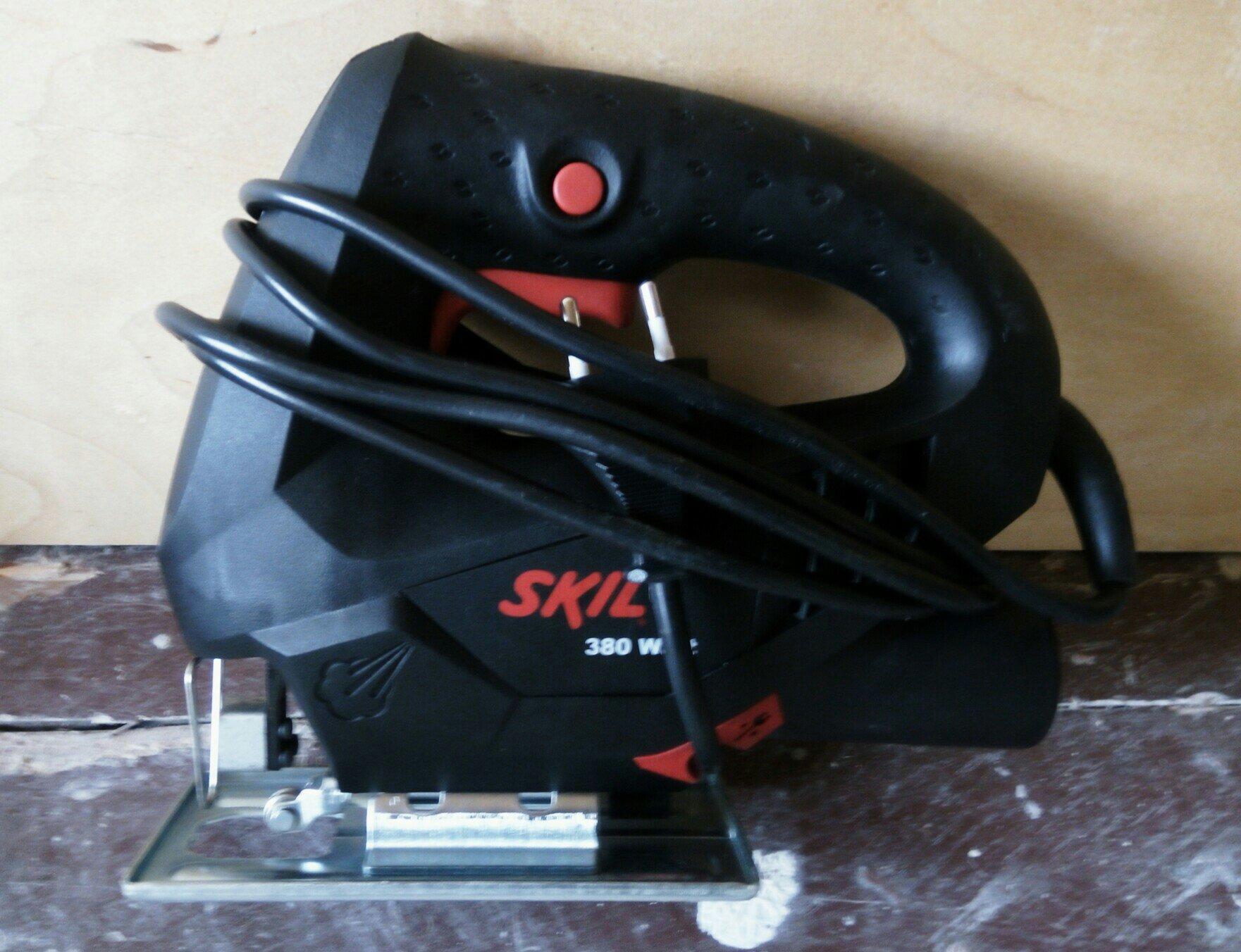 Электрический лобзик SKIL