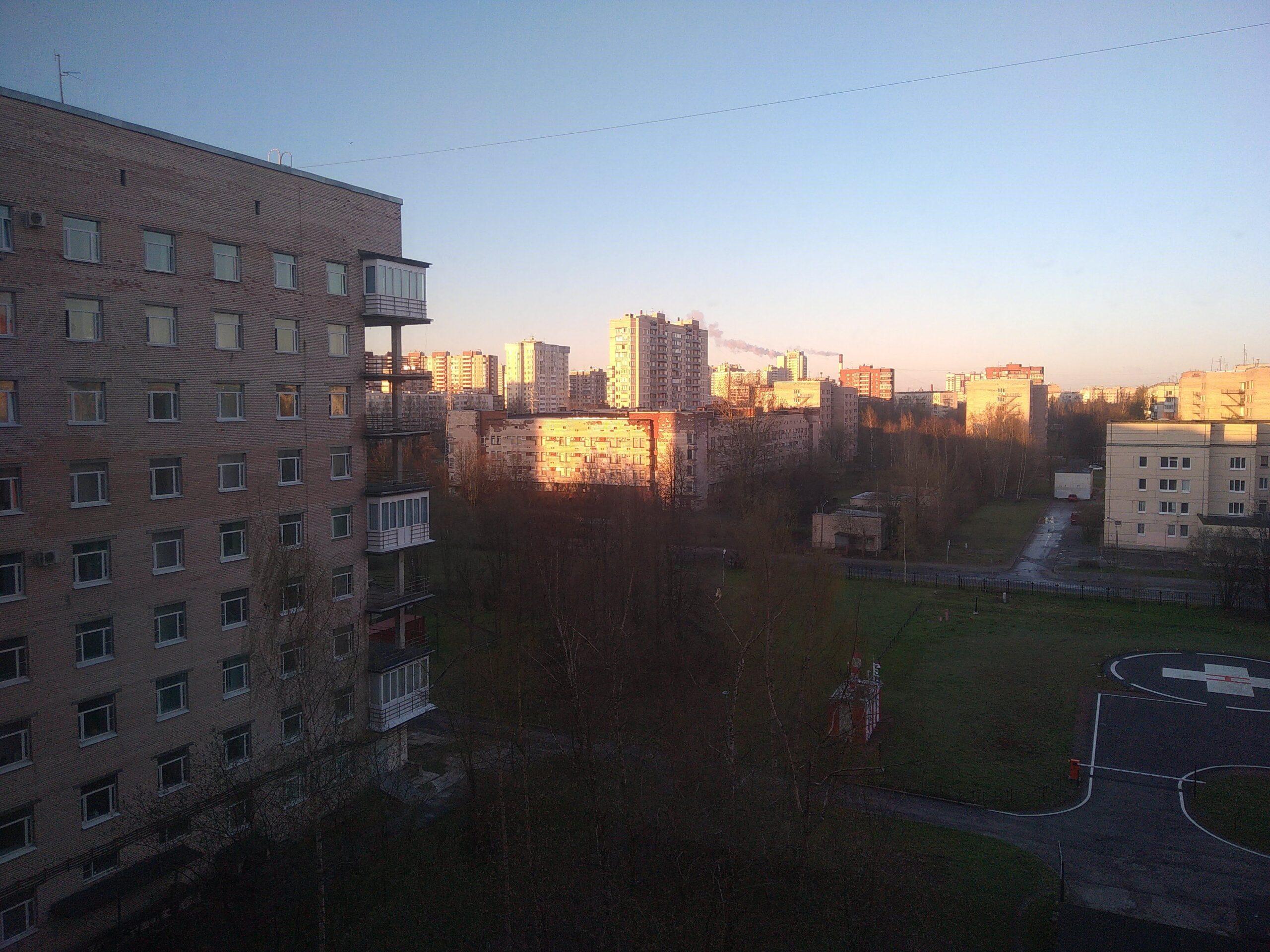 Вид из окна Елизаветинской больницы